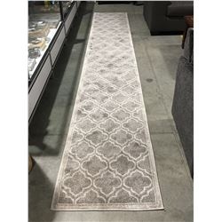 "SAFAVIEH AMHERST COLLECTION GREY/LIGHT GREY 2' 3"" X 15' AREA RUG RUNNER"