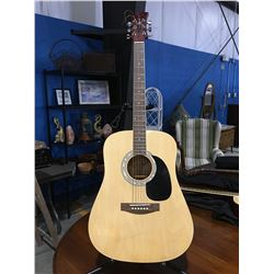 JAY MODEL 3343-N ACOUSTIC GUITAR WITH SOFT CASE