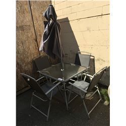 2 TONE GREY 6 PCE OUTDOOR PATIO SET - TABLE WITH UMBRELLA & 4 CHAIRS (2 CHAIRS NEED 2 BOLTS)