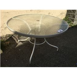 ROUND WHITE GLASSTOP PATIO TABLE