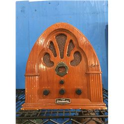 PROSONIC OLD FASHIONED LOOK WOODEN TABLE RADIO