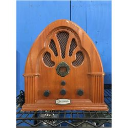 CITIZEN OLD FASHIONED LOOK WOODEN TABLE RADIO