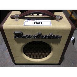 DANELECTRO DIRTY THIRTY GUITAR AMP