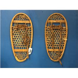 PAIR OF VINTAGE SNOWSHOES