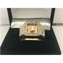 GENTS 10K WHITE & YELLOW GOLD 21 DIAMOND RING - APPRAISED VALUE $5020.00 (0.58CTS DIAMONDS, 8.7GMS