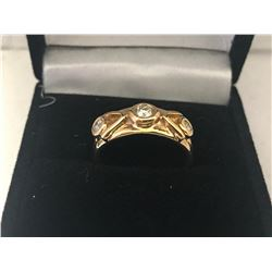 LADIES 14K YELLOW GOLD RING CONTAINING 3 DIAMONDS - APPRAISED VALUE $4034.00 (0.43CTS DIAMONDS,