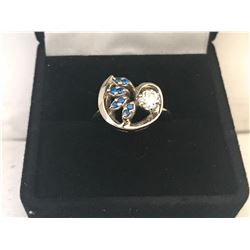 LADIES 14K WHITE GOLD & SAPPHIRE RING CONTAINING 8 SAPPHIRES - APPRAISED VALUE $3877.60 (0.36CT