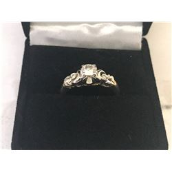 LADIES 14K & 18K WHITE AND YELLOW GOLD RING CONTAINING 3 DIAMONDS - APPRAISED VALUE $3250.00