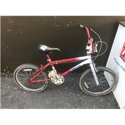RED/WHITE NORCO SPITFIRE CHILDS BIKE