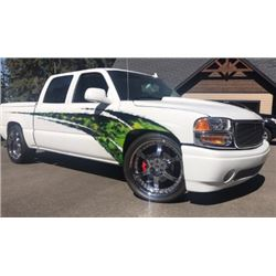 WORLD OF WHEELS WINNER 2006 GMC SIERRA 1500 DENALI