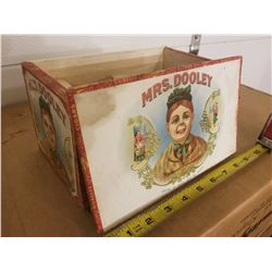 CIGAR BOX (MRS DOOLEY) *GREAT GRAPHICS*