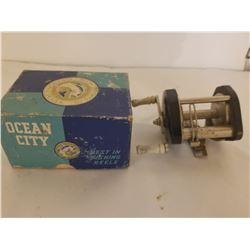BAIT CASTING REEL (J C HIGGINS) IN OCEAN CITY *IN BOX*