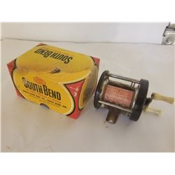 LEVEL WINDING CASTING REEL (SOUTH BEND) *W/BOX TOP*