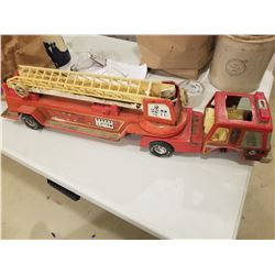 "NYLINT FIRE TRUCK *31""* (MISSING 1 WHEEL)"