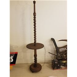 LAMP STAND W/SHELF (WOODEN BARLEY TWIST) *6 FT*