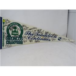 HOCKEY PENNANT (SWIFT CURRENT BRONCOS) 'CHAMPION MEMORIAL CUP'  *1995-96*