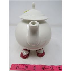 FOOTED TEA POT