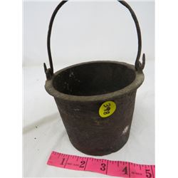 CAST IRON POT (VERY OLD)