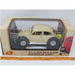 MODEL DIE CAST CAR (1967 VW BUG) *1:18 SCALE*