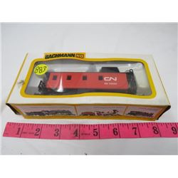 ELECTRIC TRAIN CAR (CN CABOOSE) *BACHMAN HO*
