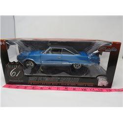 1967 PLYMOUTH SATELLITE (DIE CAST METAL) *BOX  1 1/18*
