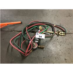 LOT OF HOSES AND REGULATORS
