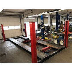 SNAP-ON 12,000 LB CAPACITY 4 POST DRIVE ON DECK AUTOMOTIVE HOIST WITH 2 6000 LB SPACE SAVER