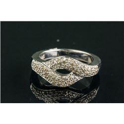 0.66ct Rhodium-Plated 66 Diamonds Ring CRV$1361