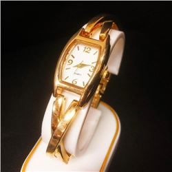Ladies Vintage Gold Tone Wrist Watch