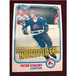 Vintage 1981 Peter Stastny Rookie Hockey Card