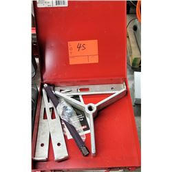Wheel Puller in Hard Case - Set Puller 10 Ton 3 Way