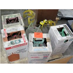 Case Honeywell Refrigerant, DuPont Suva 134-A, 2 Propane Tanks, etc