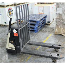 WP Crown Electric Pallet Truck 3040 Series 2400 Capacity