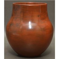 NAVAJO INDIAN POTTERY VASE (SUSIE CRANK)