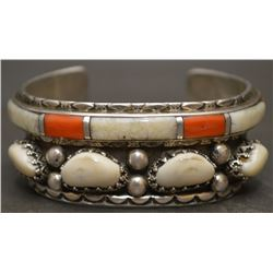 NAVAJO INDIAN BRACELET (WEAHKEE)