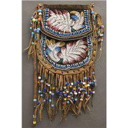 IROQUOIS INDIAN BEADED BAG