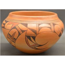 HOPI INDIAN POTTERY JAR (SADIE ADAMS)