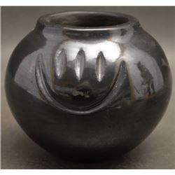 SANTA CLARA INDIAN POTTERY JAR (TINA GARCIA)