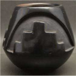 SANTA CLARA INDIAN POTTERY JAR