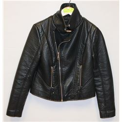"BLACK ""FOREVER 21"" LADIES LEATHERETTE"