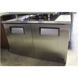 TRUE 2 DOOR UNDERCOUNTER COOLER