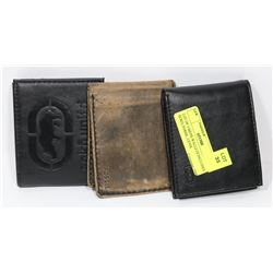 LOT OF 3 MENS WALLETS INCLUDES ECKO, FOSSIL, LEVIS