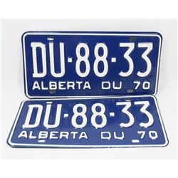 PAIR OF 1970 NEW NEVER USED LICENSE PLATES