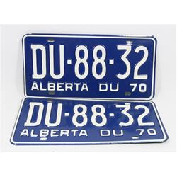 PAIR OF 1970 NEW LICENSE PLATES
