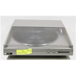 ADC LT31 LINEAR TRACKING TURNTABLE WITH MOVING