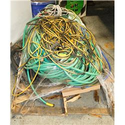 PALLET WITH CORDS , HOSE AND MORE
