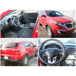 FEATURED 2012 KIA SPORTAGE