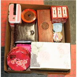 BOX W/TRINKET BOXES, JEWELLERY BOXES &