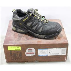 PAIR OF KODIAK ROCK FIBRE STEEL TOE WORK SHOES