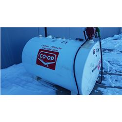 FUEL TANK WITH A FILL RITE HEAVY DUTY PUMP MODEL